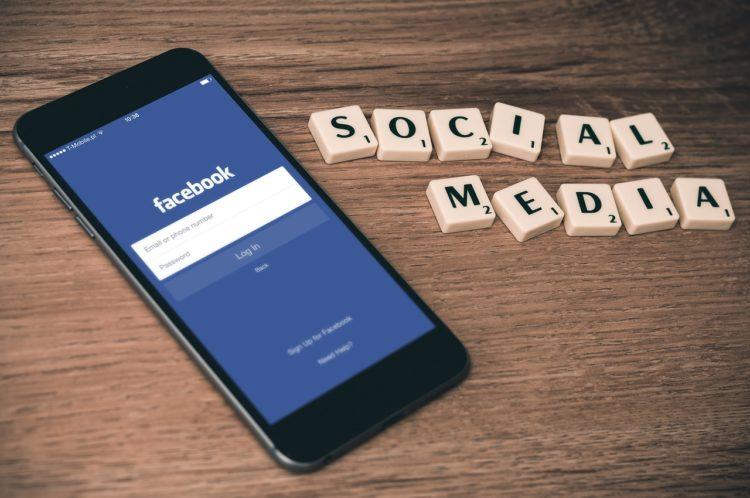 Jakie grafiki powinny być dodawane na Facebooku?