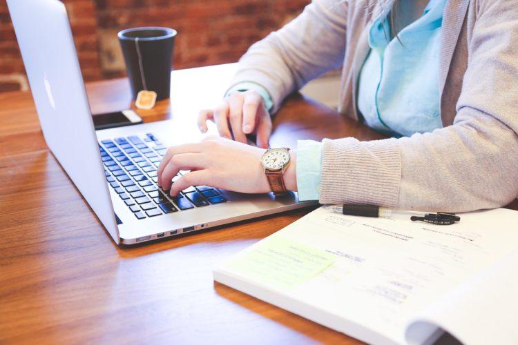 Jak usprawnić swoją pracę wykorzystując Googla?