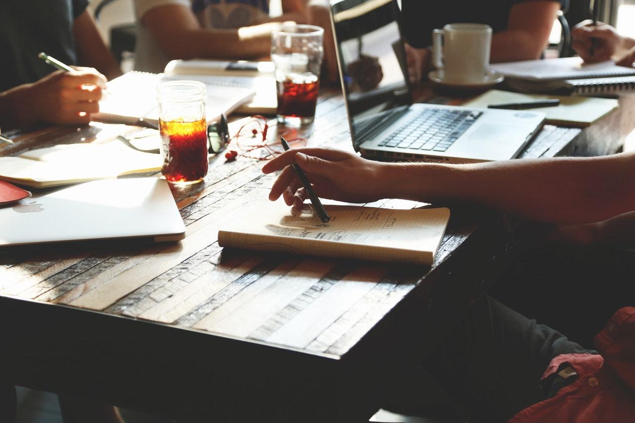 Jakie umiejętności powinien posiadać dobry copywriter?