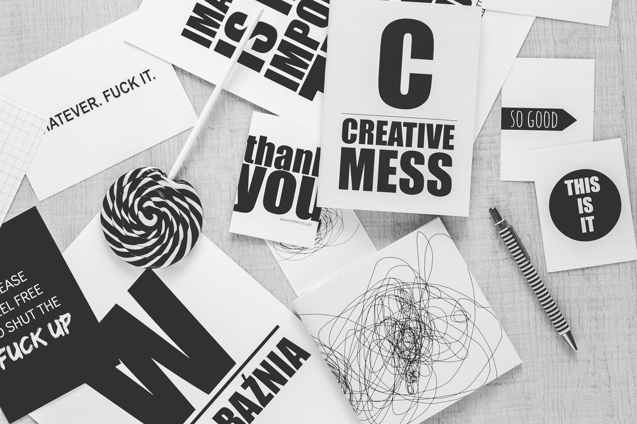 Jak projektować logo? Brief i szkice.