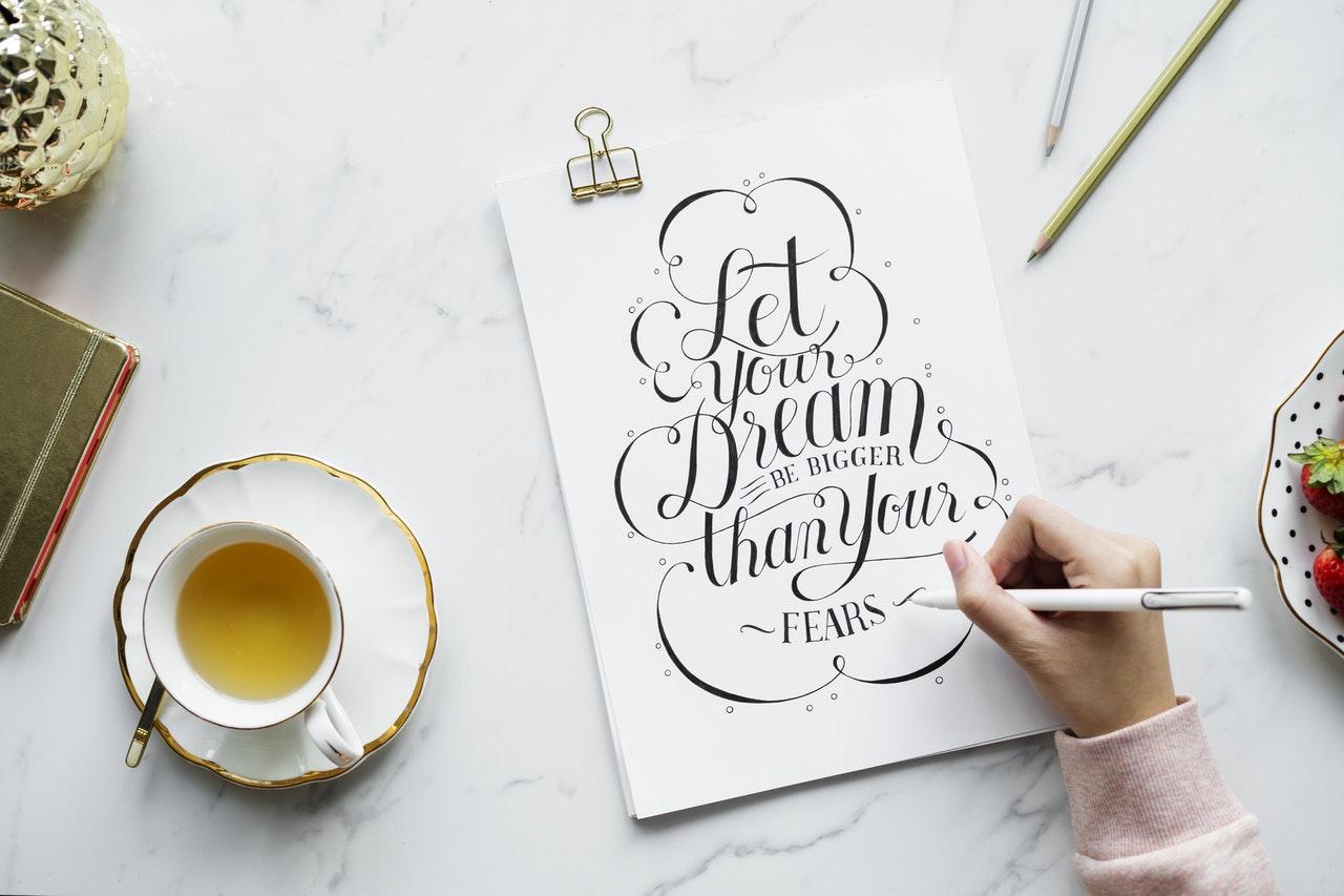 Pisanki - kiedy wykorzystywać, gdzie znaleźć tego rodzaju fonty?