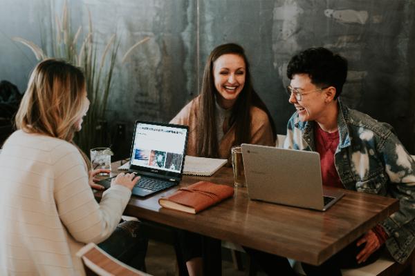 Media społecznościowe w pracy zdalnej