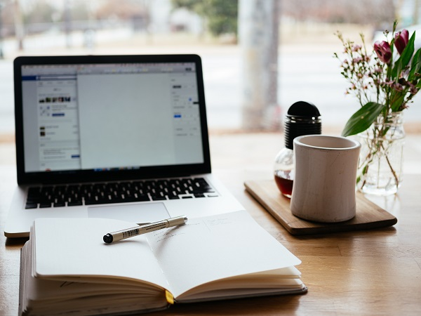 Jak zostać copywriterem: gdzie szukać zleceń na teksty?