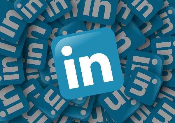 Zlecenia poracy zdalnej dla freelancerów na LinkedIn