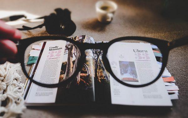 Jak zostać copywriterem i nie utonąć w źródłach do tekstów