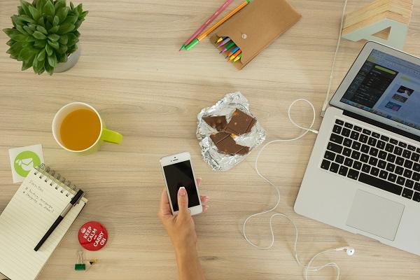 Praca zdalna - jak Polacy pracują z domu?