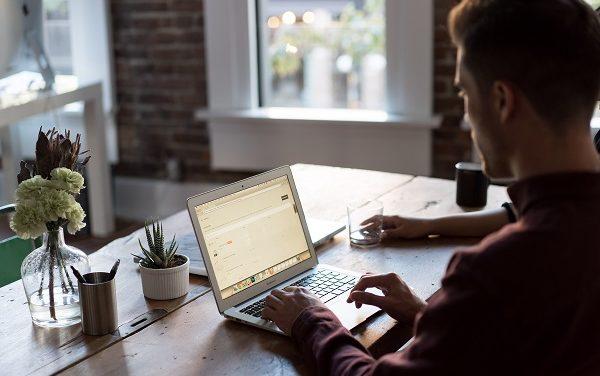 Praca zdalna dla freelancerów: zniżki na narzędzia do home office