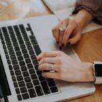 Jak zostać copywriterem: 10 sposobów na darmową naukę copywritingu