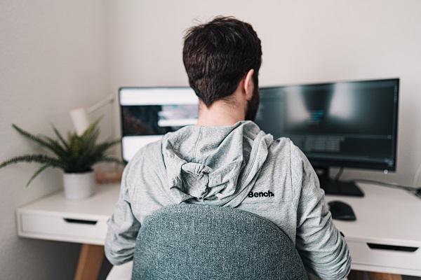 Jak zostać freelancerem: praca w domu