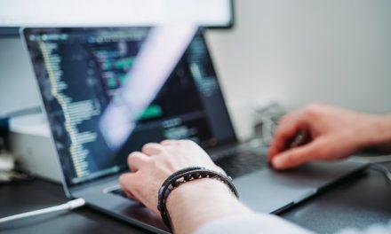 Konsola JavaScript – jak wykorzystać jej potencjał?