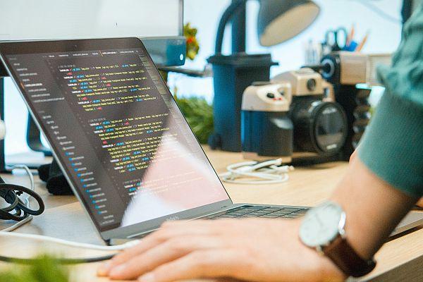 Darmowe kursy online dla początkujących programistów