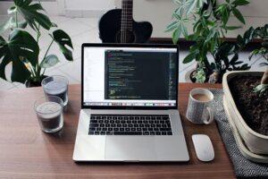 Darmowe kursy online dla początkujących web developerów