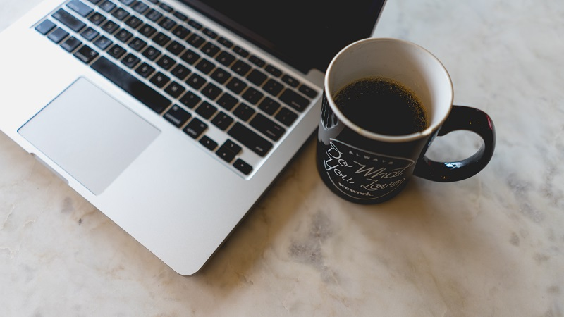 Najlepsze poradniki dla freelancerów pracujących zdalnie