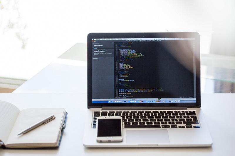 Jak wybrać pierwszy język programowania do nauki?