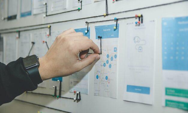 Jak stworzyć portfolio UX/UI, które przyciągnie klientów?
