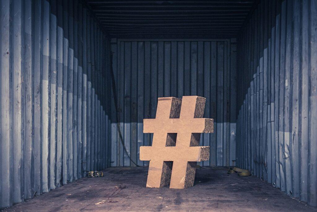 jak używać hashtagów w copywritingu?